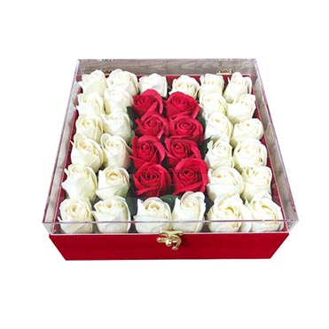 نمایش تصویر جعبه گل مصنوعی مدل 01 کادو ولنتاین گل بچین