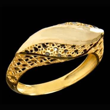 نمایش تصویر انگشتر طلا 18 عیار زنانه کد 67119 هدیه عروسی برای عروس و داماد گل بچین